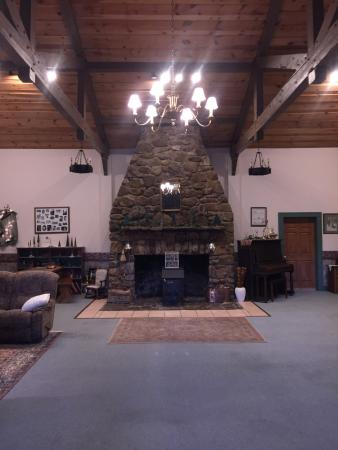 Old Massanutten Lodge: photo0.jpg
