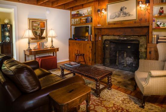 Sperryville, VA: The Cabin