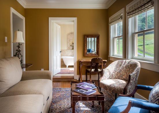 Sperryville, VA: The Owner's Suite
