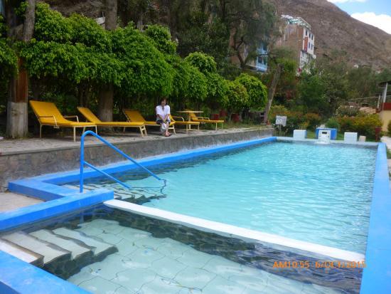 Churin, Peru: Piscina hostal Las Termas