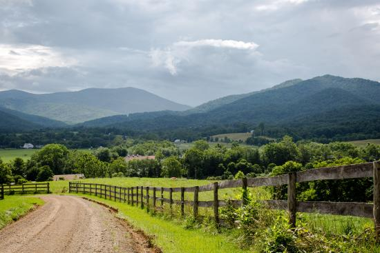 Sperryville, VA: View From the Road