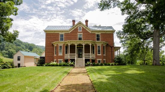 Sperryville, VA: The Inn