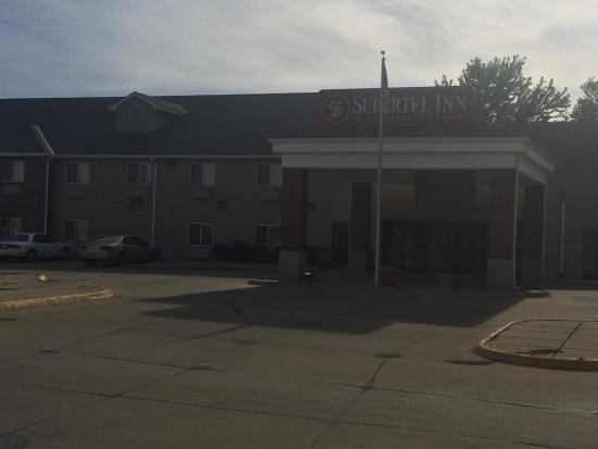 Creston, IA: Supertel Hotel