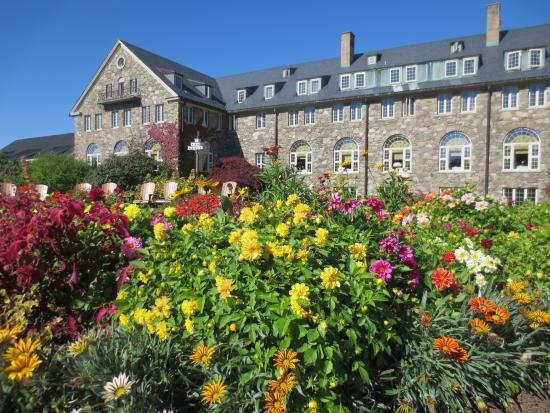 Gardens at Skytop Lodge - Picture of Skytop Lodge, Skytop - TripAdvisor