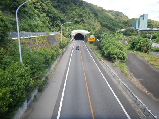高速道路の路肩に停める場合にやるべき8つの手順|停める際の注意点4つ