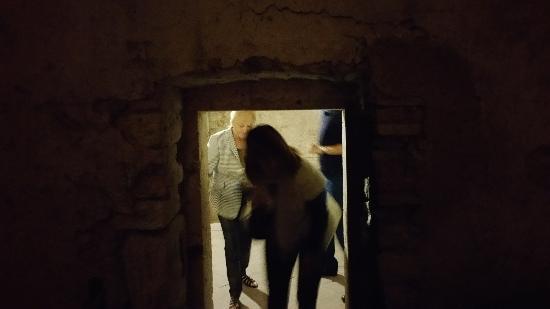Narni Sotterranea: Door to prisoners cell