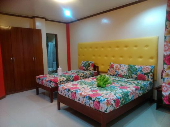 Charing Pension House: Family room/ Deluxe