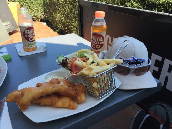 Brimbank Fish & Chips & Convenience | 85-87 Oakwood Road, Deer Park, Victoria 3023 | +61 3 8390 4212