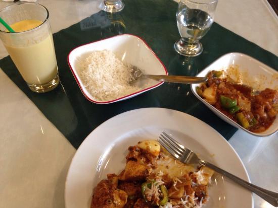Maurya's Fine Indian Cuisine: photo3.jpg