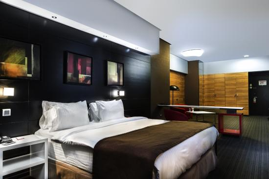 Ramada Hotel and Suites Baku
