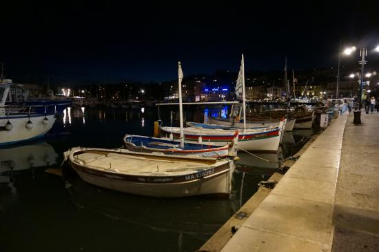 Hotel de France Maguy: port de cassis de nuit