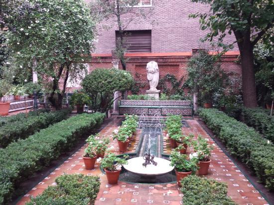 El jardín - Picture of Museo Sorolla, Madrid - TripAdvisor