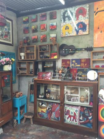 Butikker - Picture of Baan Sillapin Artists Village, Hua Hin - TripAdvisor