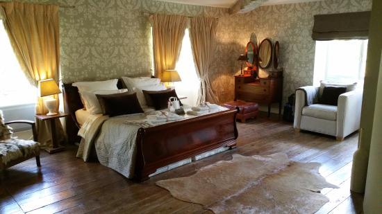 Pessan, France : Stunning Nutmeg Room