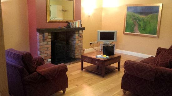 beautiful big kitchen - Picture of Decoy Country Cottages, Navan