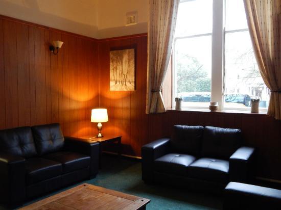 Aberdeen Youth Hostel Lounge