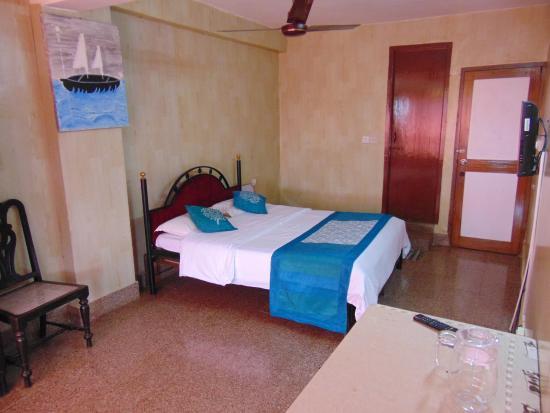 Hotel Manvin's: Rooms at Manvin's