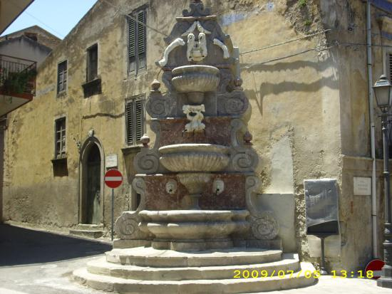 Fontana di San Vito