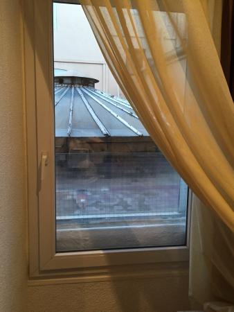 Serviette t ch e noircie photo de hotel d 39 angleterre salon de provence tripadvisor - Hotel d angleterre salon de provence ...