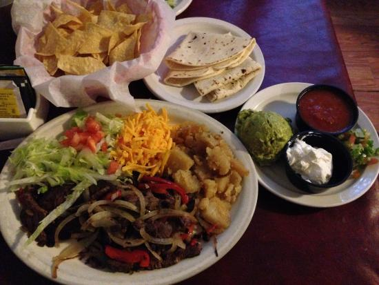 Good El Patio De Albuquerque: Fajitas