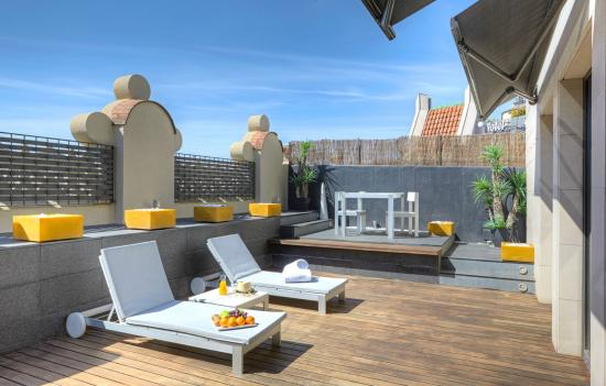 Sixtytwo Hotel: Terrace
