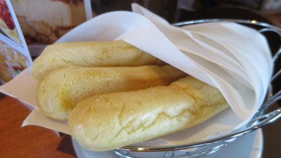 Olive Garden: Tasty breadsticks.
