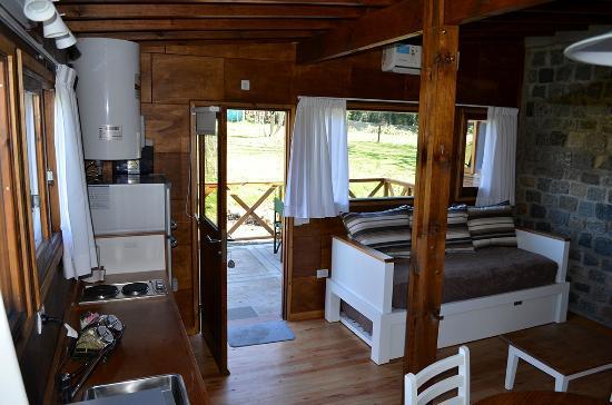 Cabanas El Montenegrino