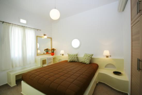 Porto Raphael Residences & Suites: bedroom