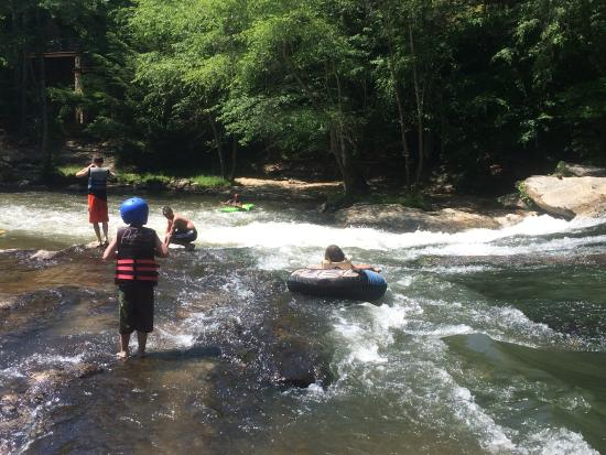 Cartecay River Experience: Blackberry Falls are the best part of the float