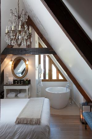 manoir de surville surville frankrijk foto 39 s reviews en prijsvergelijking tripadvisor. Black Bedroom Furniture Sets. Home Design Ideas