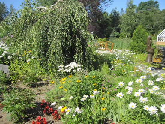 L 39 autre pont photo de jardins de doris matane tripadvisor for Autre jardin quebec