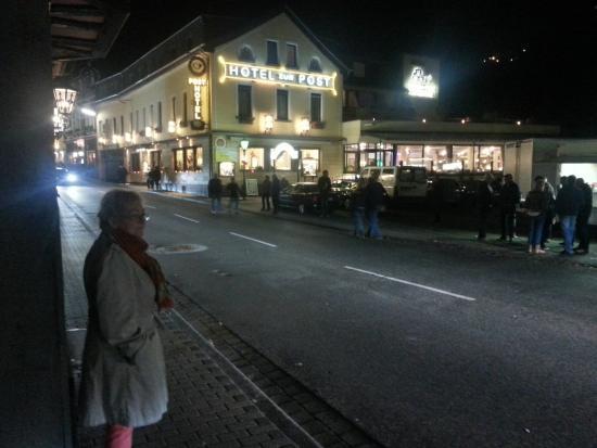 Hotel zur Post: Das Hotel bei Nacht