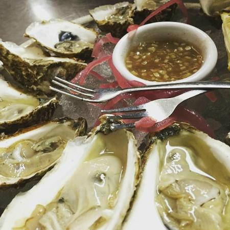 Central House at the Crown: Oysters from Wellfleet!