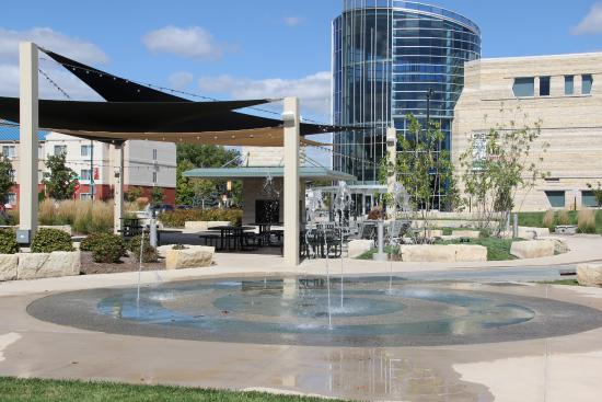 blue earth plaza water feature manhattan parks and rec picture of rh tripadvisor co za