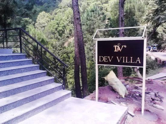 Dev Villa Guest House