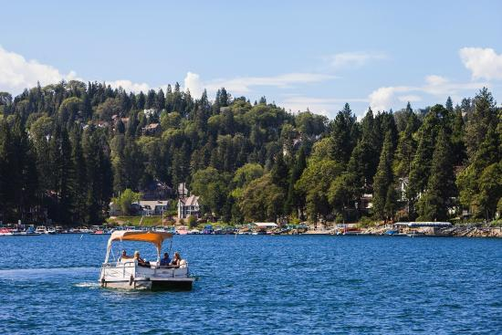 Lake Arrowhead Resort And Spa, Autograph Collection $144