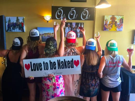 Hood River, OR: Bachelorette parties love getting Naked too!