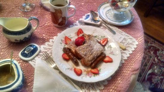 The Marmalade Cat Bed & Breakfast: just an example of the amazing food for breakfast!