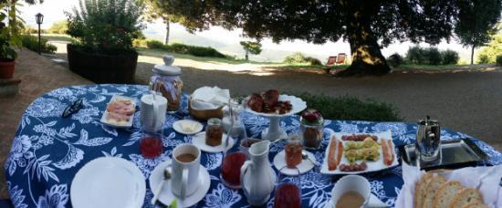 Castel Rigone, Italia: Frühstück mit Ausblick