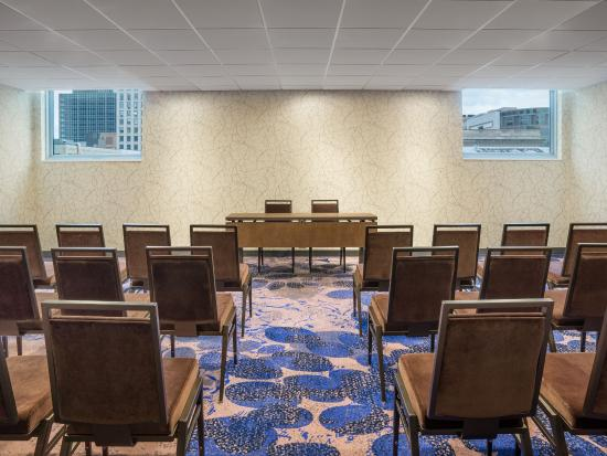 The Westin Cleveland Downtown: Meeting Space