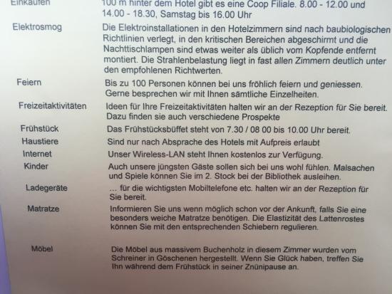 Goschenen, سويسرا: Utdrag ur gästhandboken - till och med snickaren som gjorde möblerna nämns....