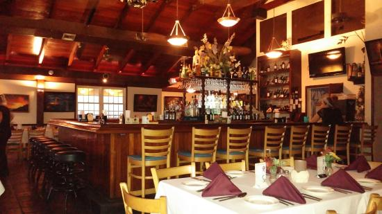 Tavern on the Waterfront: MAIN DINING AREA