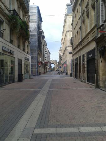 Rue De La Porte Dijeau Picture Of Porte Dijeaux Bordeaux