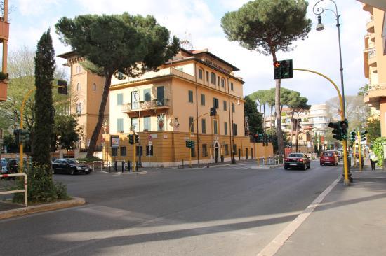 Hotel Villa Grazioli: отель Вилла Грациоли