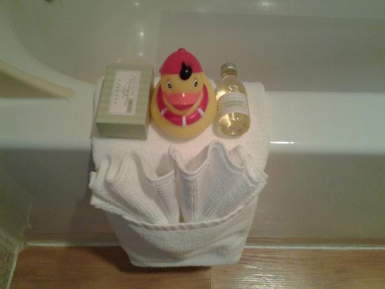 River House Inn: Bathroom ammenities...