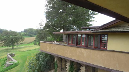Taliesin : Balcony on house