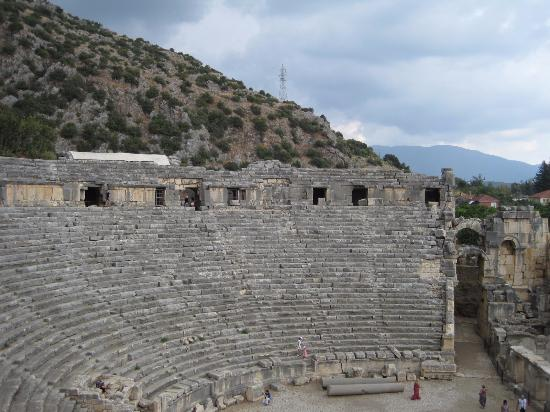 древнеримский амфитеатр - Picture of Demre (Kale), Antalya ...