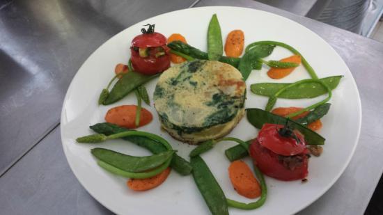 Signes, Francja: plat végétarien