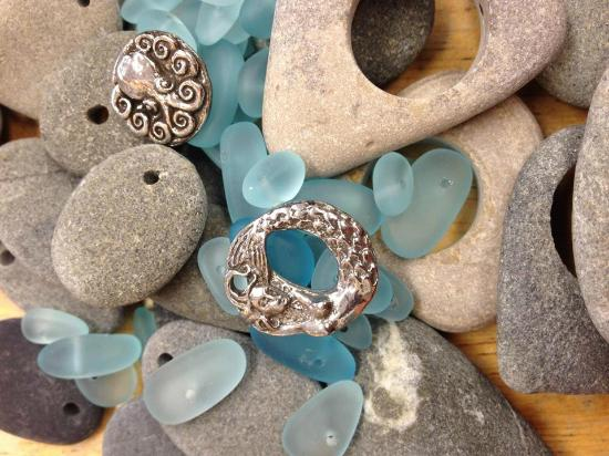 Cambria Beads: Mermaids...and sea glass beads!