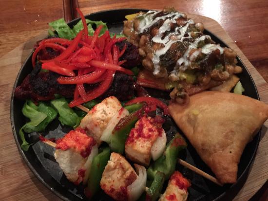 Om Cafe: Indian Food in Bocas